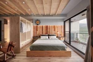 原木工坊床頭壁面造型07