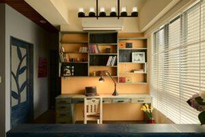 實木書桌及書架