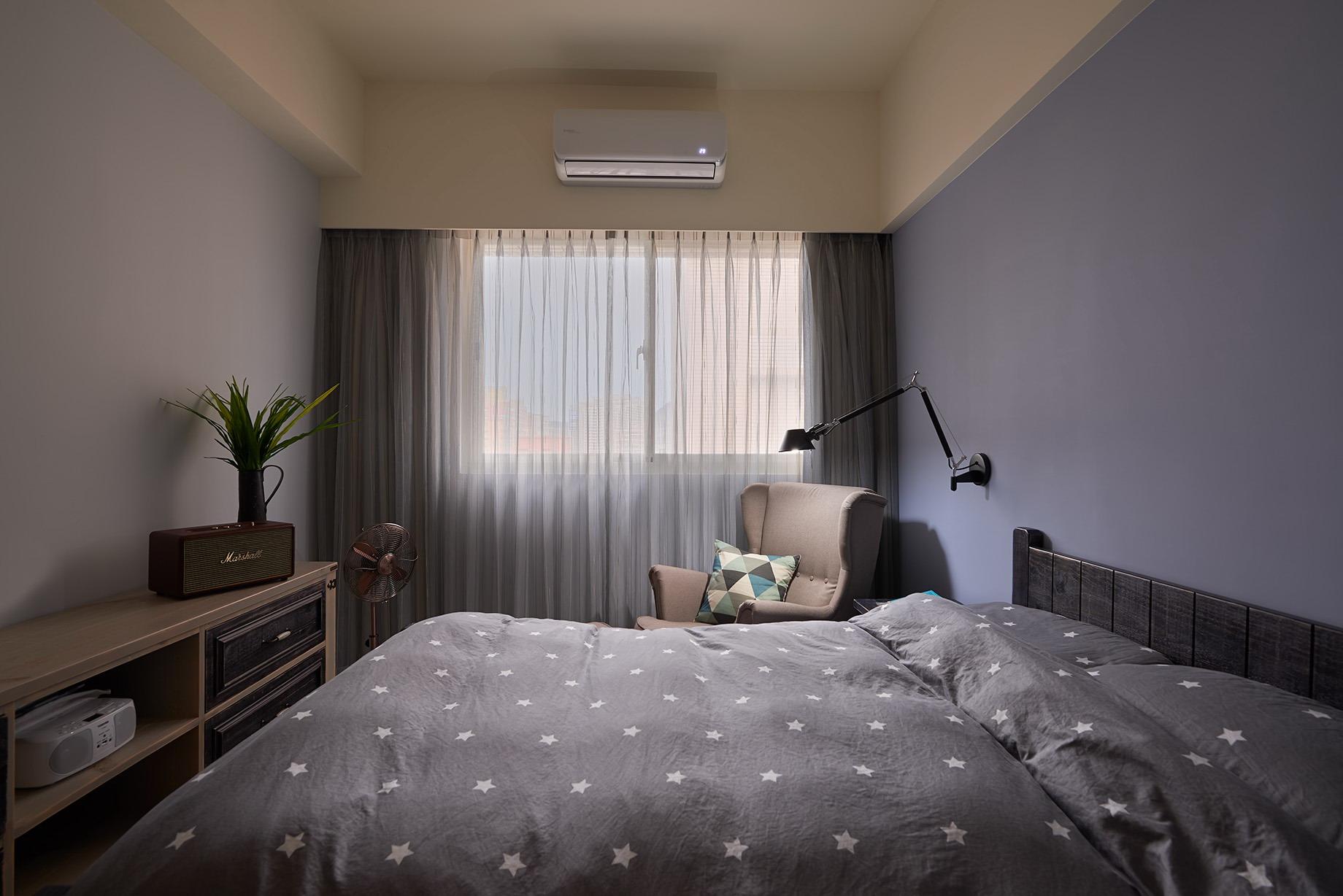 原木臥室設計