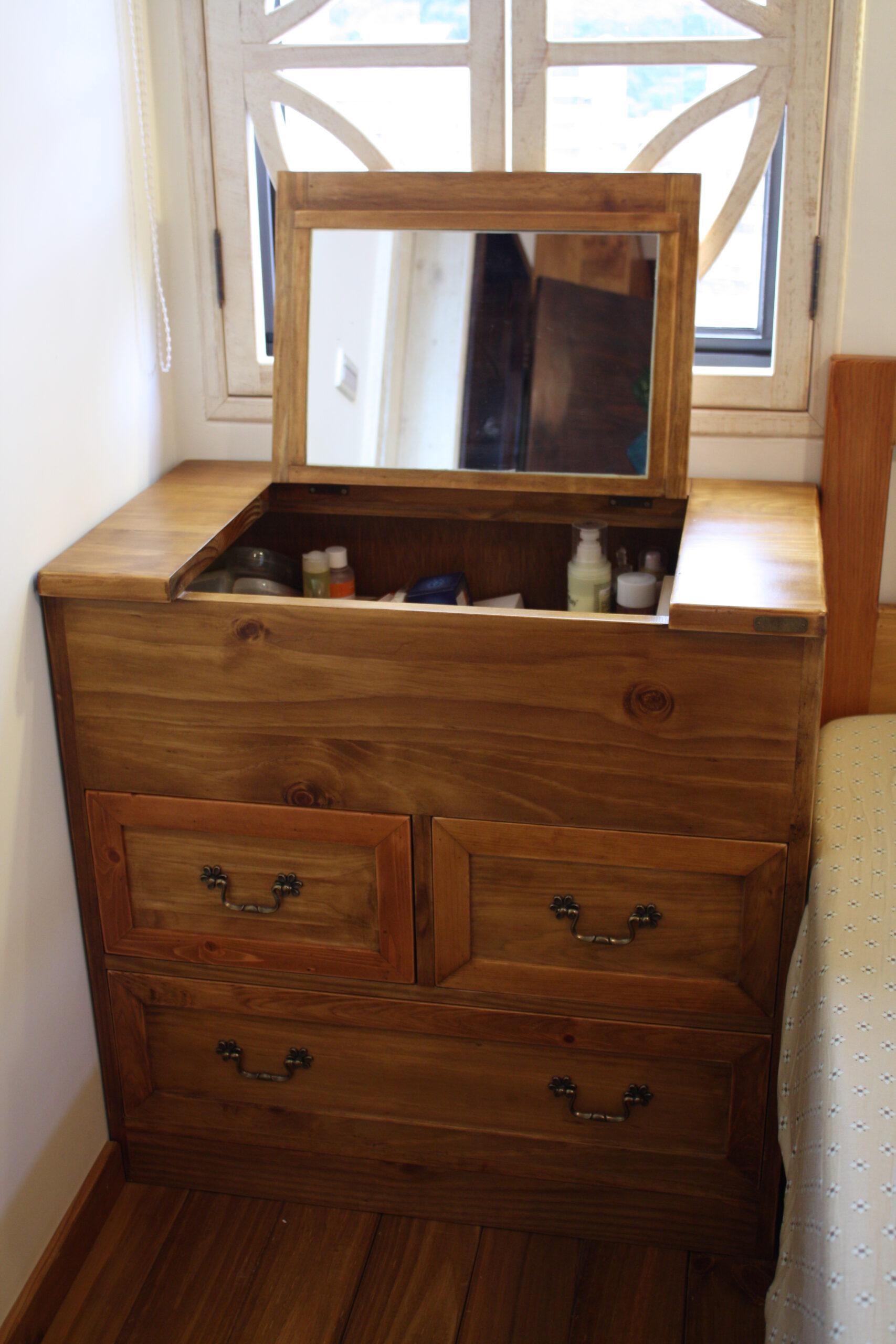 化妝桌斗櫃